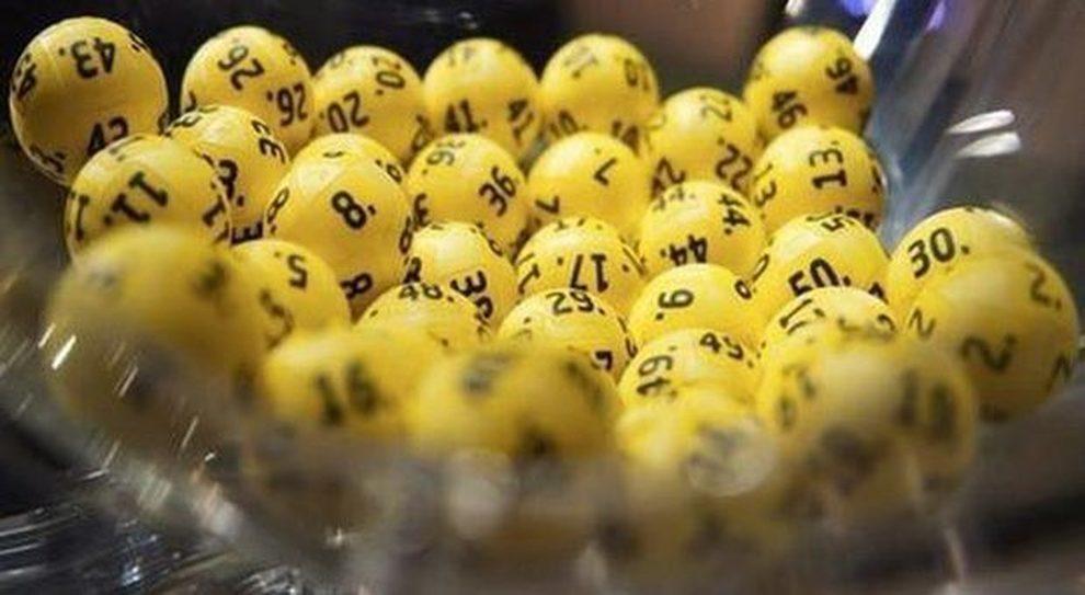 Estrazioni di Lotto, Superenalotto e 10eLotto di oggi, martedì 4 dicembre 2018: i numeri vincenti