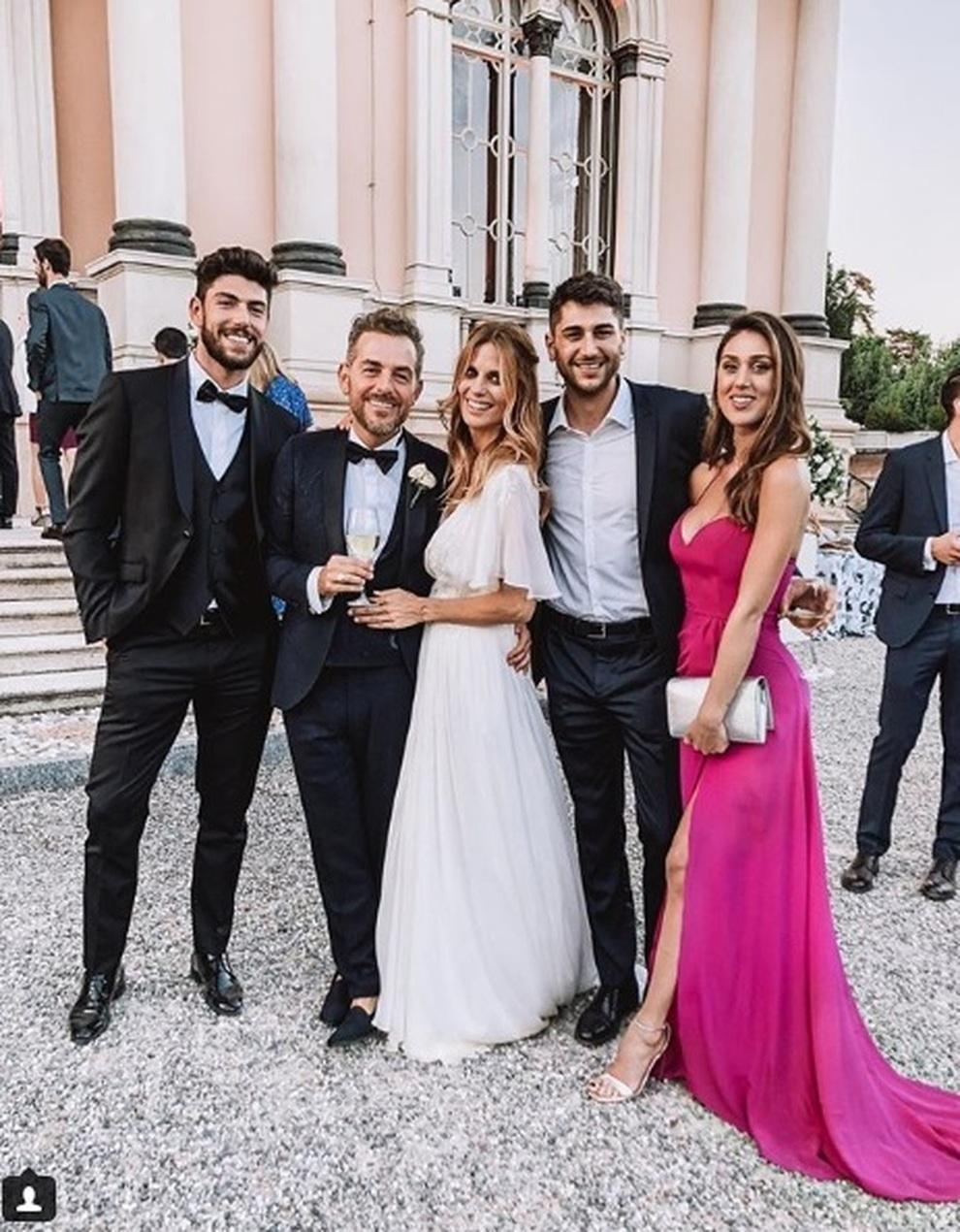sports shoes ffde6 43c35 Cecilia Roderiguez, gaffe e parolacce al matrimonio di ...