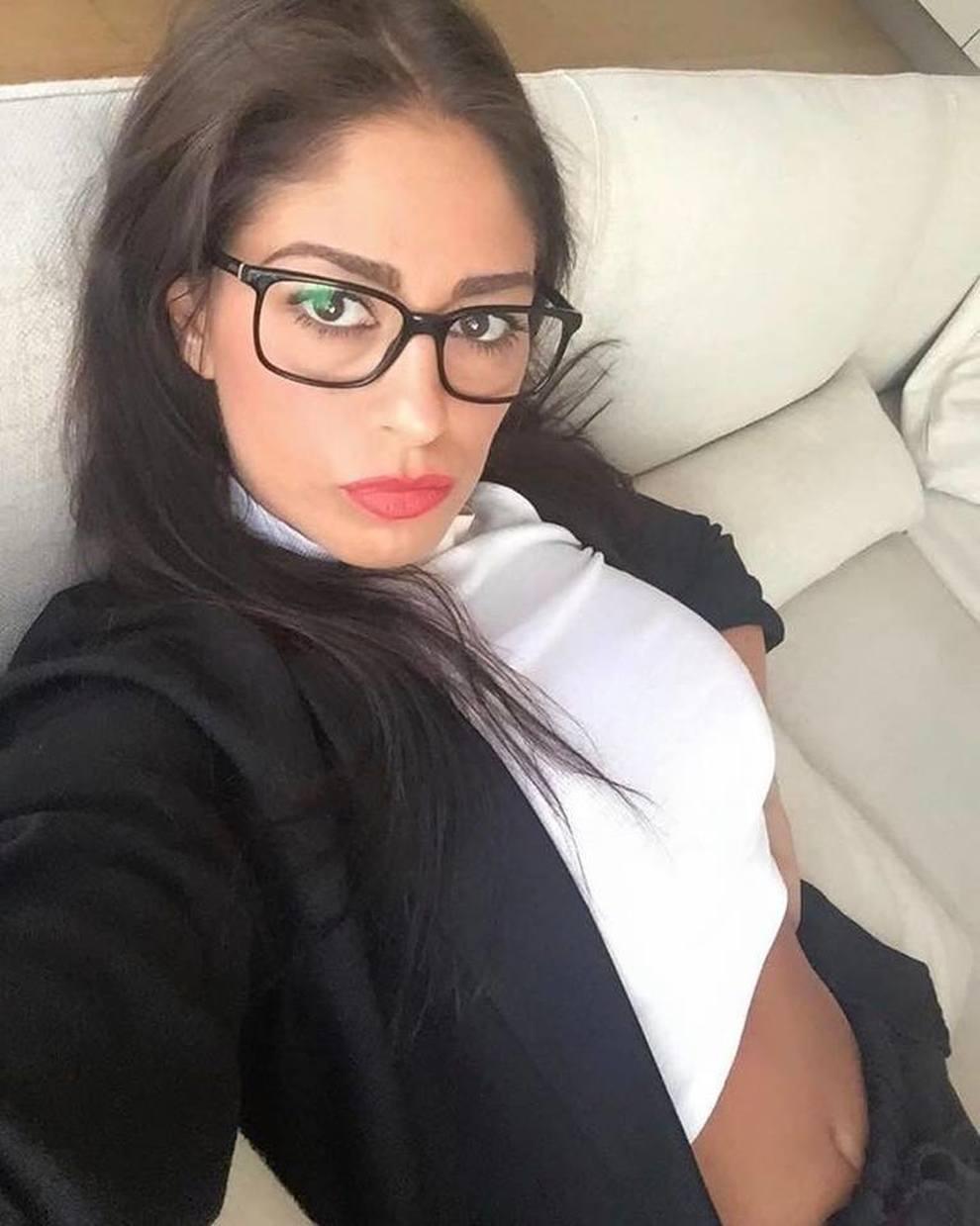 Il video censurato da Striscia: incidente porno per Belen, non va in onda.