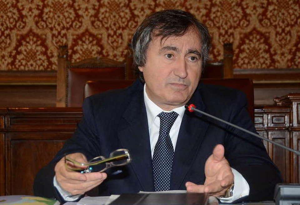 Luigi Brugnaro punta a fare canestro con una lista civica per la città