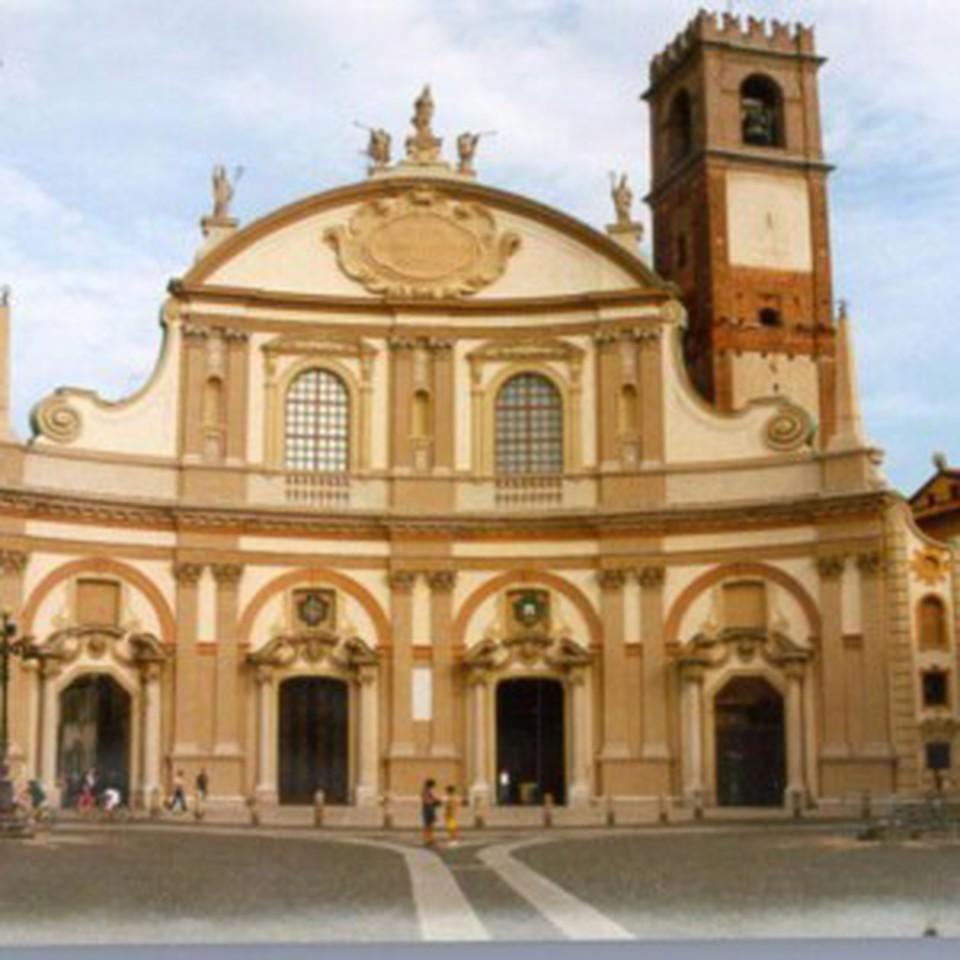 Tribunale Pavia: Ricatti Sessuali Al Parroco Dal Sacrestano: Il Pagamento
