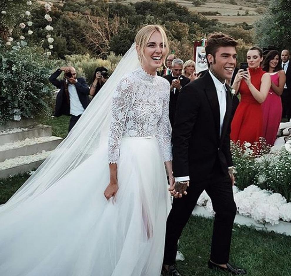 a basso prezzo 56f34 be542 Ferragnez, il vestito da sposa di Chiara Ferragni firmato ...
