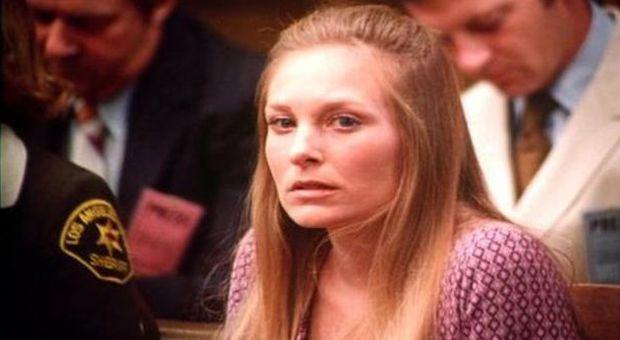 Morta marilyn burns l 39 attrice di 39 non aprite quella porta - Film senza limiti non aprite quella porta ...