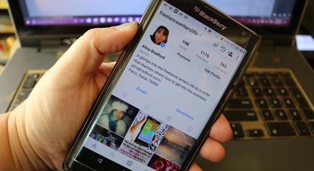 """Sesso e gossip via Instagram: """"Mia figlia, rovinata a 13 anni"""""""