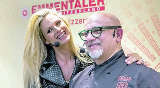 Michelle Hunziker star anche ai fornelli con lo chef Claudio Sadler  CUCINA ...