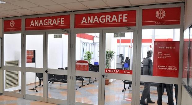 Milano, l'anagrafe riapre le sedi chiuse per covid: i ...