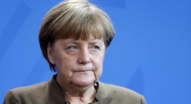Elezioni europee 2019, exit poll Germania: Cdu primo partito, ma la Merkel mai così in giù. Volano i Verdi