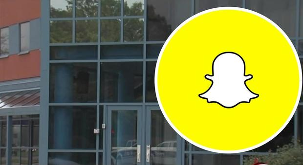 Sesso nei bagni della scuola il video finisce su snapchat cinque studenti sospesi news - Sesso bagno scuola ...