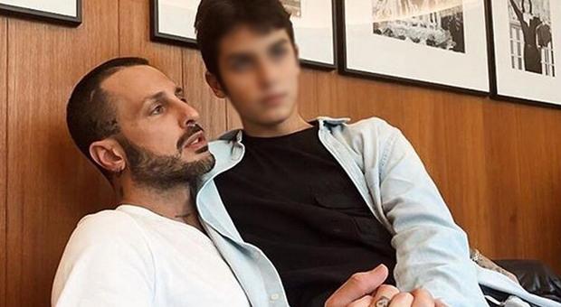Fabrizio Corona e il figlio Carlos Maria (Instagram)