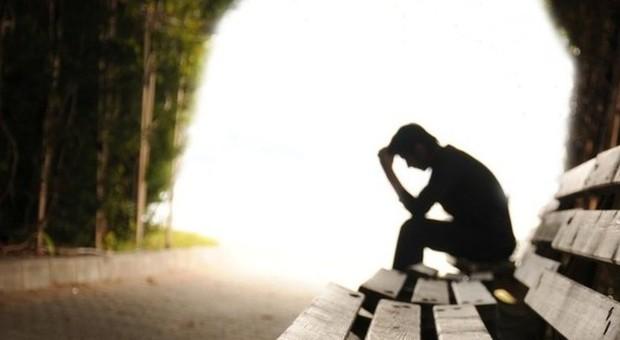 Ragazzino suicida a 15 anni si impiccato in camera con - Camera ragazzo 15 anni ...