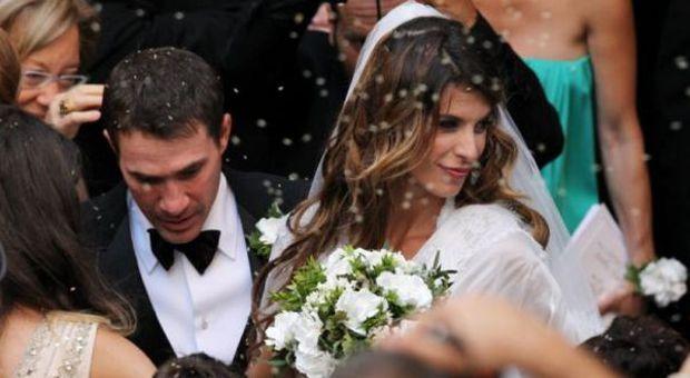 Matrimonio In Italia Con Cittadino Americano : Elisabetta canalis sposa raggiante le foto del matrimonio