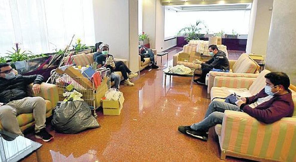 Milano, quarantena in hotel: ieri i primi ospiti al Michelangelo
