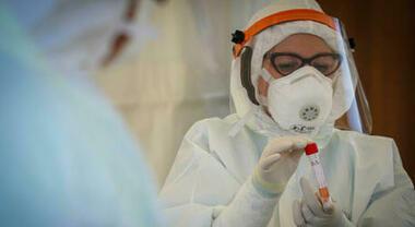 Coronavirus Nel Lazio Il Bollettino Di Oggi 27 Decessi E 1 339 Nuovi Positivi Torna Sopra 600 Casi Roma Citta