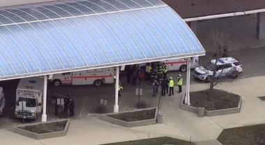 Sparatoria al Mercy Hospital di Chicago: due vittime, grave un poliziotto