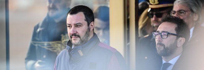 Caso Battisti, Salvini: «Assassino comunista torna in galera»