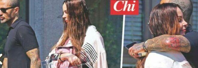 Nina Moric tuona contro Corona dopo lo scatto insieme: «Pensavo in un riavvicinamento, ma pensi solo ai soldi»