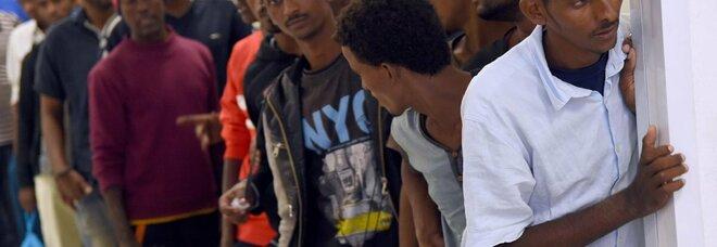 Milano, false onlus per lucrare sull'accoglienza dei migranti: 10 condanne fino a 11 anni