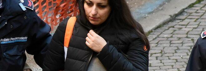 Coppia dell'acido: niente permesso per fare teatro, Martina Levato resta in cella