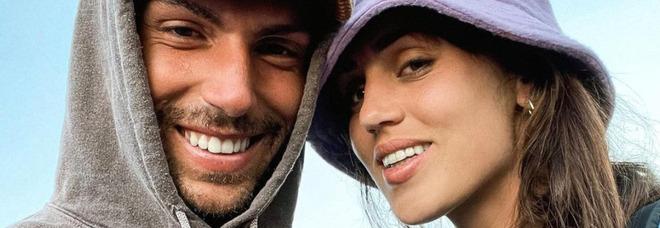 Ignazio Moser, la tenera dedica a Cecilia in aeroporto: «Ti amo e voglio farlo ogni giorno della mia vita...». Fan commossi