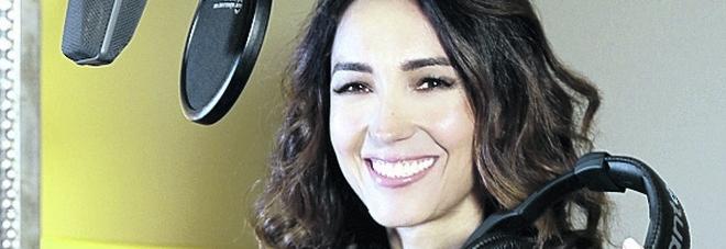 """Caterina Balivo con """"Ricomincio dal no"""": «Con il mio podcast racconto 10 eccellenze nate da uno stop»"""
