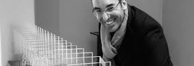 Le sospensioni gravitazionali di Max Coppeta in una mostra unica alla Galleria Amira di Nola: da non perdere