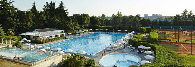 Estate in citt ecco la piscina esclusiva di milano tra - Piscine milano nuoto libero ...