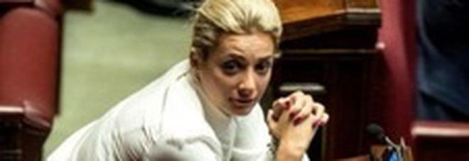 Marta Fascina, fidanzata di Silvio Berlusconi, è positiva al Covid-19