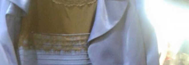 100% authentic 03479 63c7b Di che colore è questo vestito? Non tutti lo vedono allo ...
