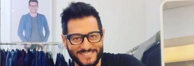 """Enrico Papi, la rivelazione choc: «Vittima di bullismo, """"costretto"""" a lasciare la tv»"""