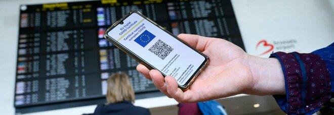 Green pass, cosa fare se non arriva l'sms con il codice: le indicazioni dal Ministero della Salute