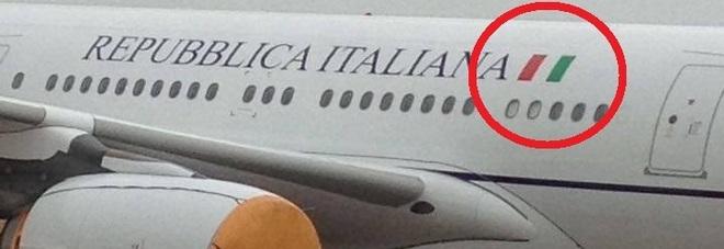 online store f30d7 592f5 Air Force One di Palazzo Chigi, il tricolore è rovesciato