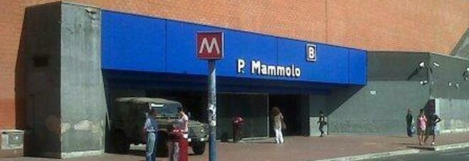Ponte Mammolo, follia in metro: terrorizza i passeggeri e devasta i treni, arrestato il recidivo Brunetti