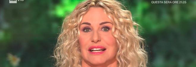 Antonella Clerici in lacrime: «È morta di Covid, era giovanissima e sempre sorridente»