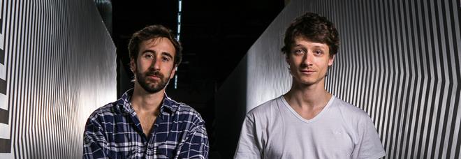 Motorefisico, il duo di artisti romano: «La Digital Art e il nostro progetto per Sfera Ebbasta»