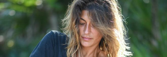 Isola 2021, paura per Elisa Isoardi con la benda su un occhio: «Non vedevo più»