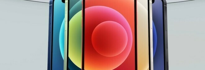 Apple lancia iPhone 12: «Avrà lo schermo più grande della storia». C'è anche la versione mini, Pro e Pro Max. Ecco tutti i prezzi