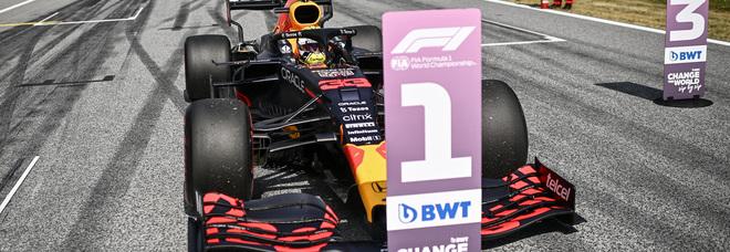 F1, GP Austria: Verstappen domina e allunga in campionato su Hamilton, Sainz quinto