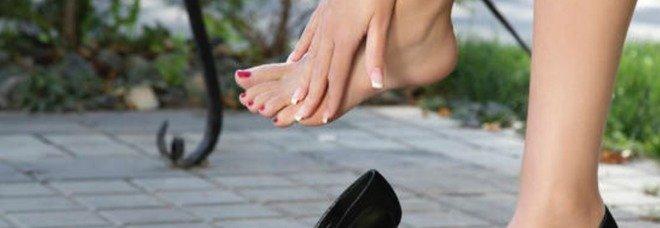 Giappone, cresce la protesta delle donne per obbligo di indossare scarpe con tacchi nei luoghi di lavoro