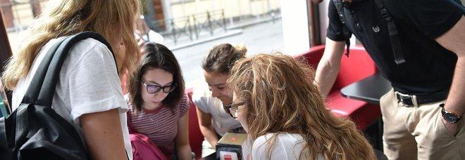 Maturità 2020, studenti spaccati a metà sull'esame in presenza: le misure di sicurezza non tranquillizzano i maturandi