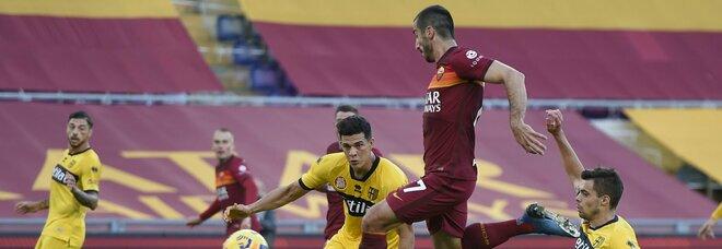 Le pagelle di Roma-Parma: Mkhitaryan sulla giostra del gol (8), Karsdorp, miracolo di Fonseca (7)