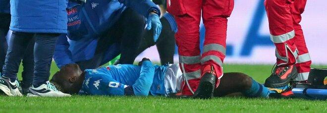 L'Atalanta vola: 4-2 contro il Napoli. Osimhen batte la testa e perde conoscenza. Adesso è in ospedale