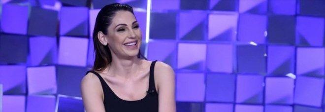 Anna Tatangelo racconta per la prima volta la fine del suo amore con Gigi D'Alessio a Verissimo: «Sono andata contro tutto e tutti»