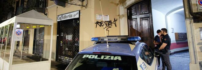 Torino choc, ragazzo di 25 anni trovato morto in casa: «Decapitato nella sua camera da letto»
