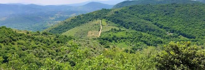"""Sentieri """"green"""", dal borgo medievale di San Polo ai prati della Montagna Spaccata"""