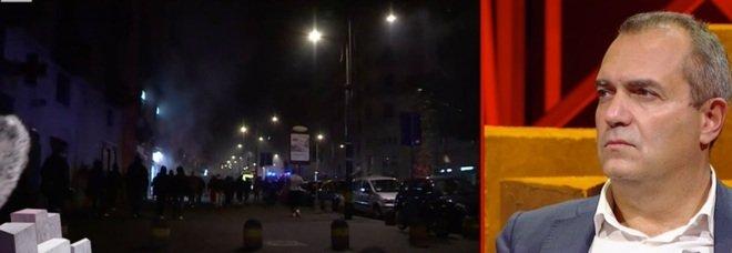 De Magistris in tv durante gli scontri di Napoli. Lucia Annunziata lo incalza: «Non è meglio che vada in città invece di stare in tv?»