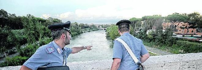 «C'è un coccodrillo nel fiume» Vigili e 112 a caccia del rettile