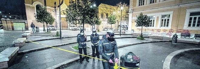 Rissa notturna a San Lorenzo: minorenne ferita al braccio con vetro di bottiglia