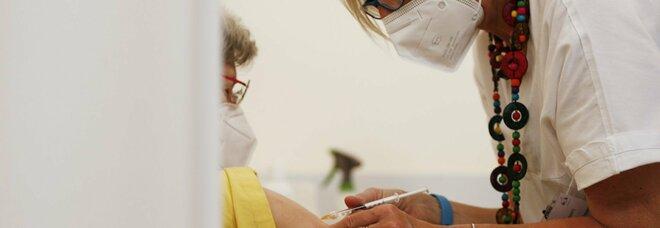 Lazio, vaccini ai pazienti dimessi: nuovo piano per gli ospedali