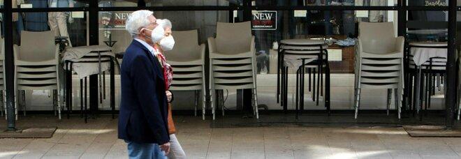 """Ristoranti al chiuso da martedì: ecco la """"to do list"""". Dal caffè al bancone alla briscola con gli amici"""