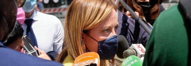 Giorgia Meloni: «Redistribuzione dei migranti, Francia e Germania dicono no. E noi ci teniamo i clandestini»